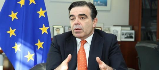 Commissione Ue ondata disinformazione