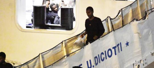 salvini assolti migranti diciotti