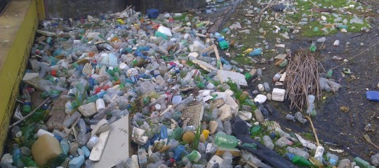 malaysia rifiuti plastica