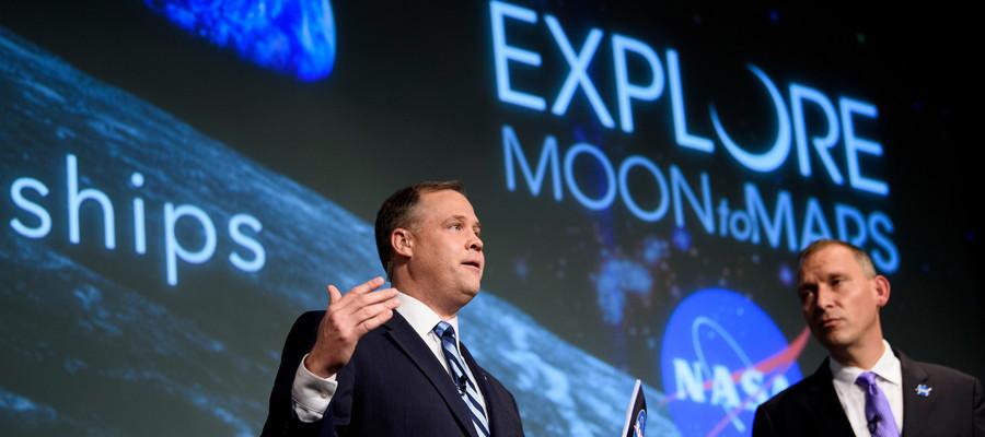 Chi sono i privati che hanno fretta di andare sulla Luna