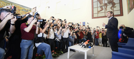 totti roma dimissioni conferenza