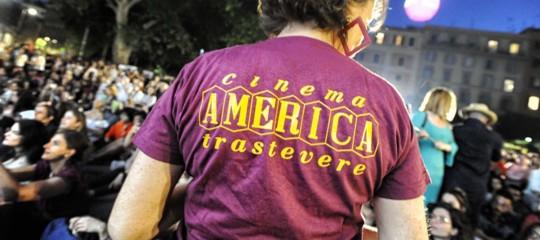 aggressione cinema America