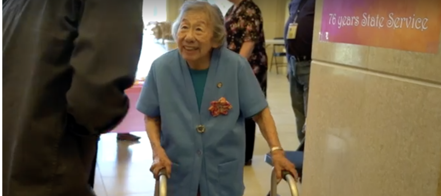 La donna che a 99 anni lavora ancora al Dipartimento delle finanze della California