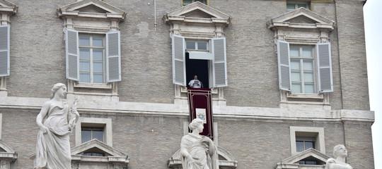 Degrado Roma Papa Raggi