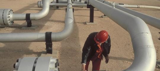 opec produzione petrolio scenario trump putin