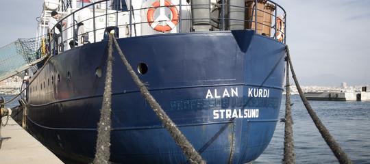 Migranti Alan Kurdi chiede sbarcoItalia