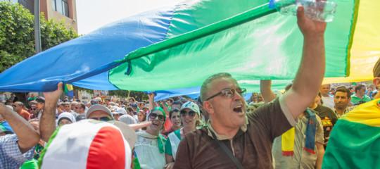 algeria proteste bandiera berbera