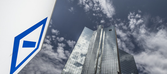 deutsche bank crisi licenziamenti derivati