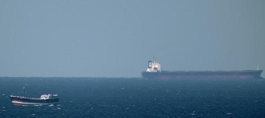 Iran petroliera straniera sequestrata