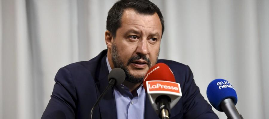 La lettera di Salvini aCastaner, ministro dell'Interno francese