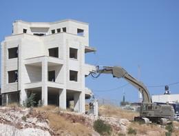 Israele inizia la demolizione delle case palestinesi a sud di Gerusalemme