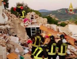 Le immagini della palazzina esplosa a Portoferraio