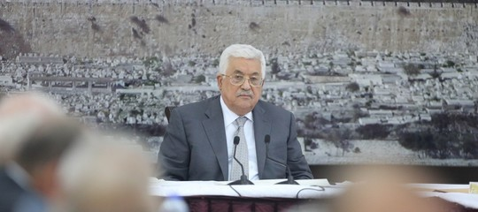 abu mazen sospende accordi israele
