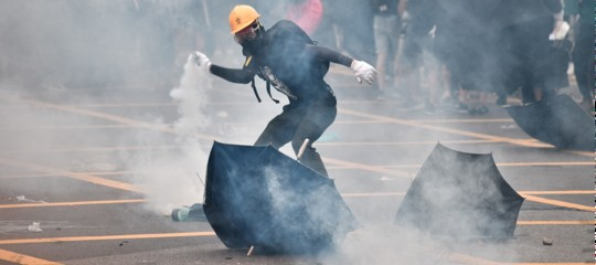 proteste hong kong triadi
