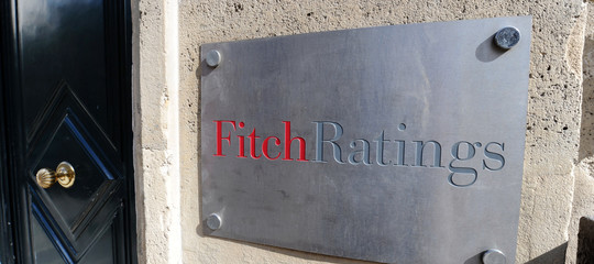rating italia fitch