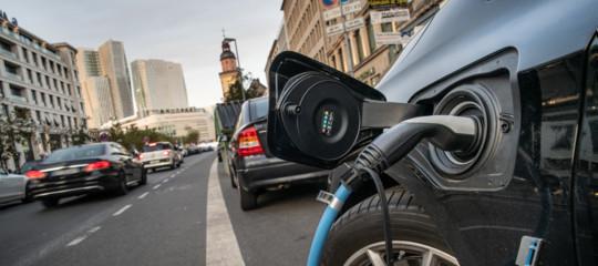 obbligo rumore auto elettriche