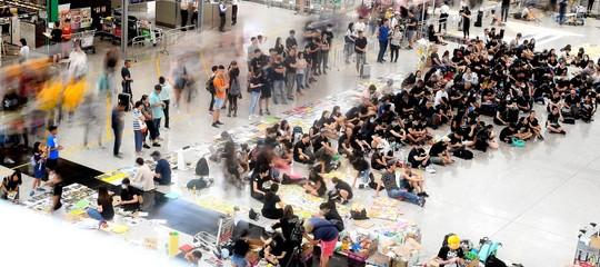 violenza scontri hong kong