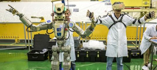 Soyuz robot