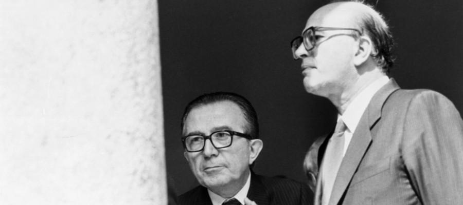 Da Andreotti a M5s. Breve storia della politica dei due forni