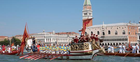 regata storia venezia disparita donne