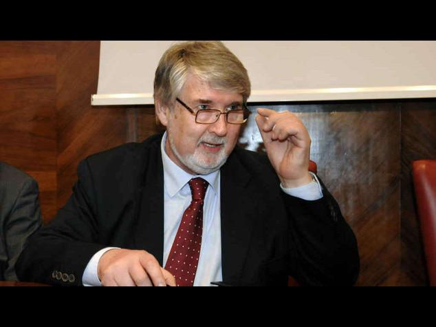 Pensioni: Poletti, un intervento sulla riforma e' all'ordine del giorno