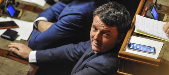 Risultati immagini per Renzi è uscito dall'angolo. E l'addio al Pd si allontana.