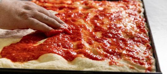 pizza romana caratteristiche