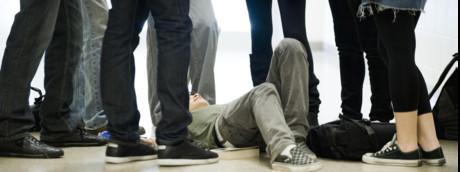 Bullismo, maltrattamenti, violenza giovani