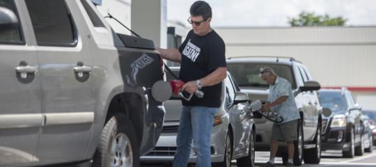 petrolio prezzi benzina