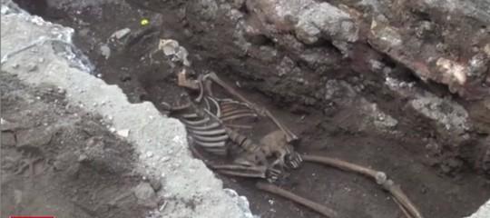 scheletro piramide roma