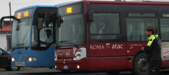 autista picchiato bus atac roma