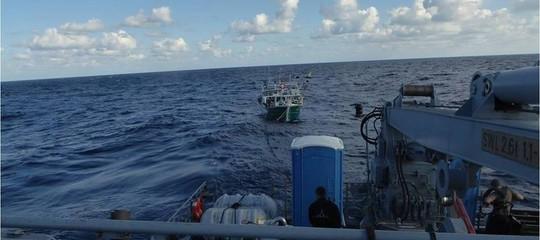 barcone migranti libia
