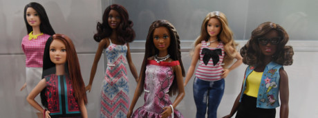 La Barbie unisex lanciata dalla Mattel