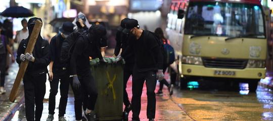 hong kong app apple polizia