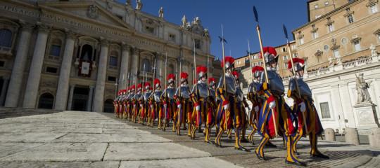 vaticano dimissioni gianitaser