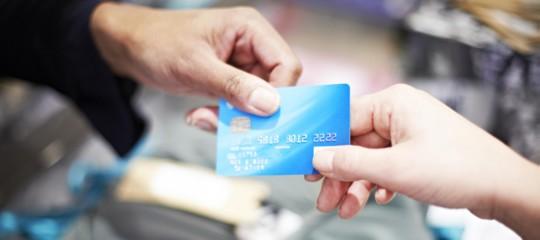 contante carta credito pagamenti moneta digitale