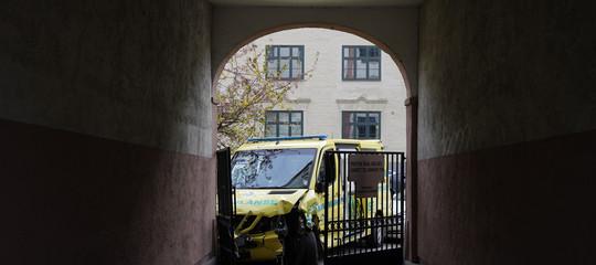 norvegia ambulanza pedoni