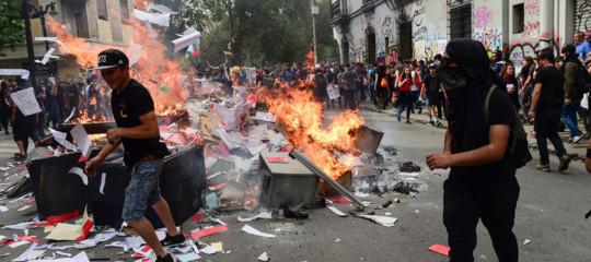 rivolte cile bolivia venezuela ecuador