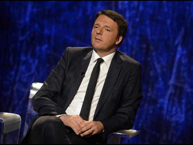 UE: Renzi, deve cambiare direzione e investire su crescita