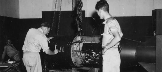 smantellamento impianti bomba atomica little boy