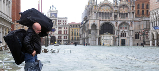 acqua alta Venezia Basilica San Marco
