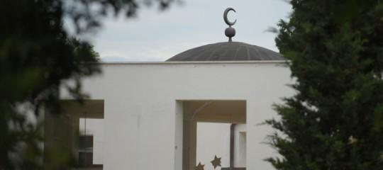 progettavano attentato moschea estremisti siena