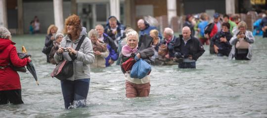 venezia acqua alta san marco