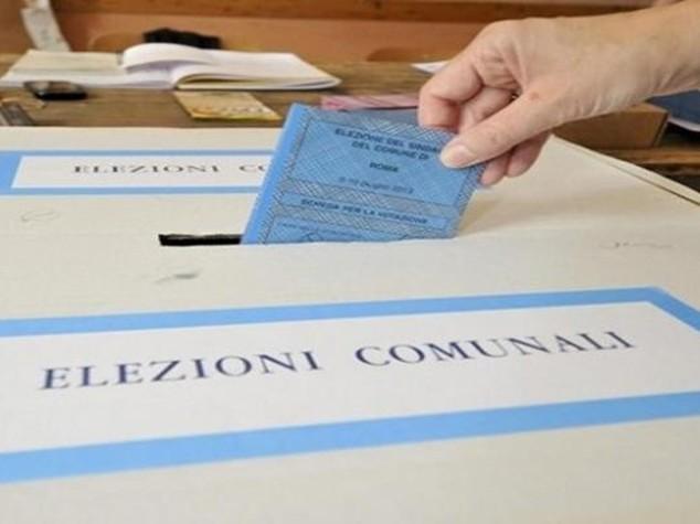 Ballottaggi: giu' affluenza, 47,1% Il Pd sconfitto a Venezia e Arezzo