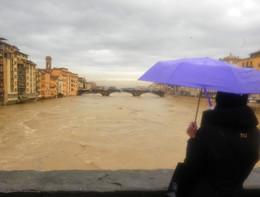 Maltempo: sale livello Arno, a Firenze oltre prima soglia allarme