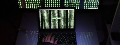 hacker computer programmazione informatica