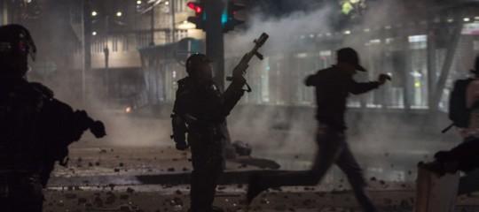 Colombia proteste attacco