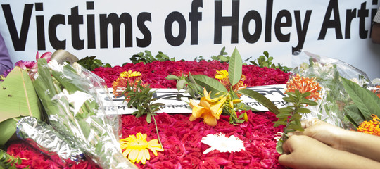 Bangladesh condanna a morte Dacca strage italianiHoleyOrtizanBakery