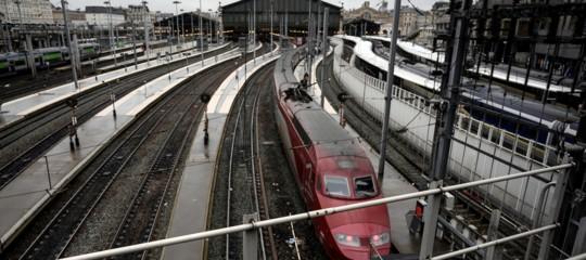 gare du nord stazione evacuata parigi