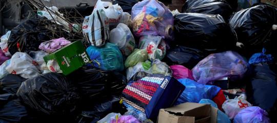 rifiuti roma emergenza smaltimento